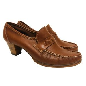 Vintage 70s Chunky Heel Loafers Brown Leather 7.5